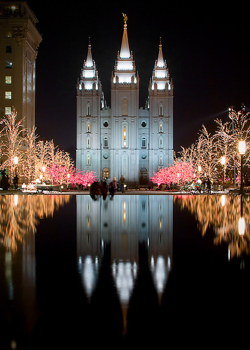 salt-lake-city-temple-christmas.jpg