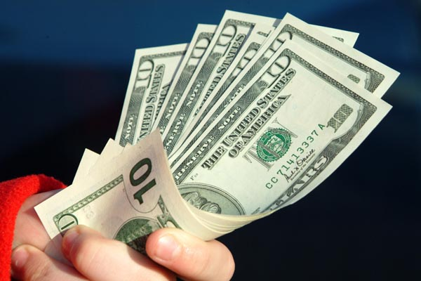 horizontal_money_in_hand.jpg