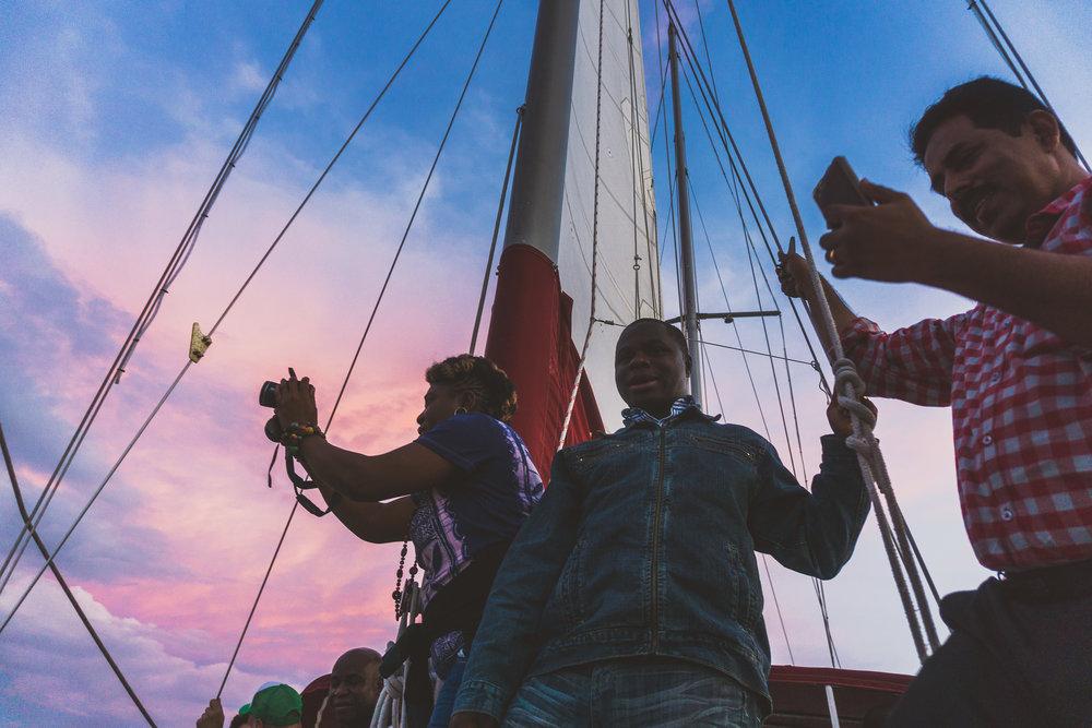 boat ride -13.jpg
