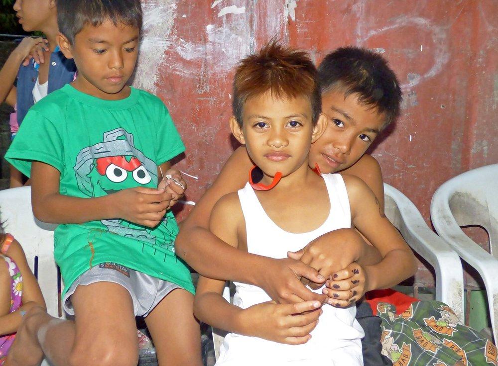 filipino kids.jpg