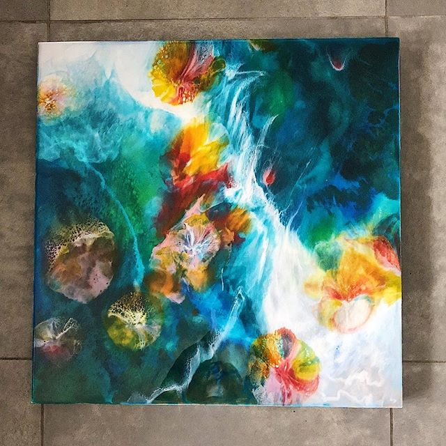 Sparks Fly✨ 24x24 She will be at @gallery501 for the upcoming members show Feb 1. Go check out the some of the amazing talent in Strathcona County!