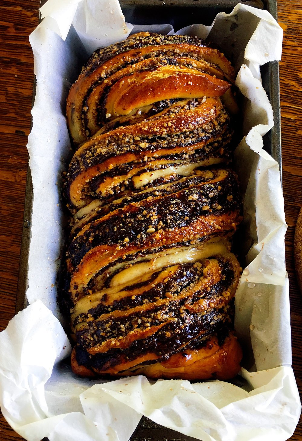 Baked chocolate-hazelnut babka