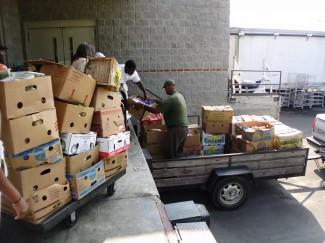 loading food
