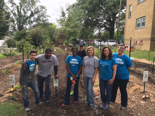 Garden Volunteers - Group Photo 10.5.16.jpg