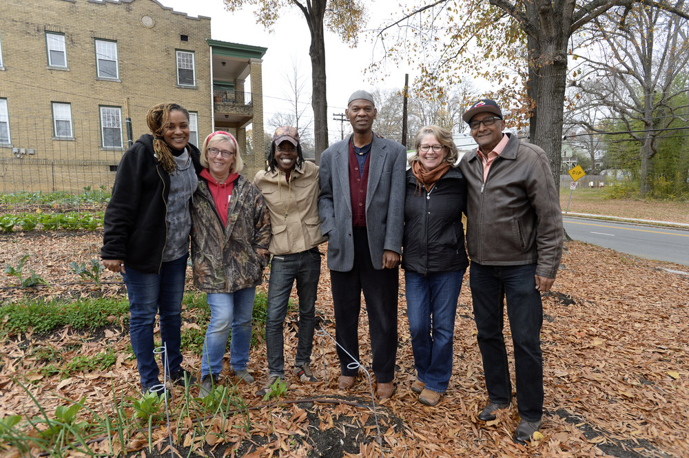 Garden Manager Kay Coleman and patrons and staff from Sunrise Recovery Center