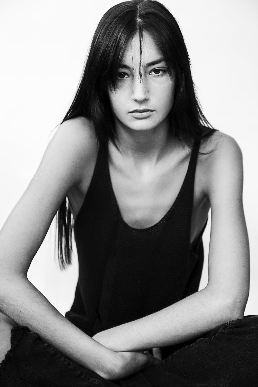 Emily Hazeltine - Height 5' 9