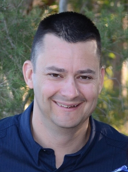 Ian Stelfox - Leader