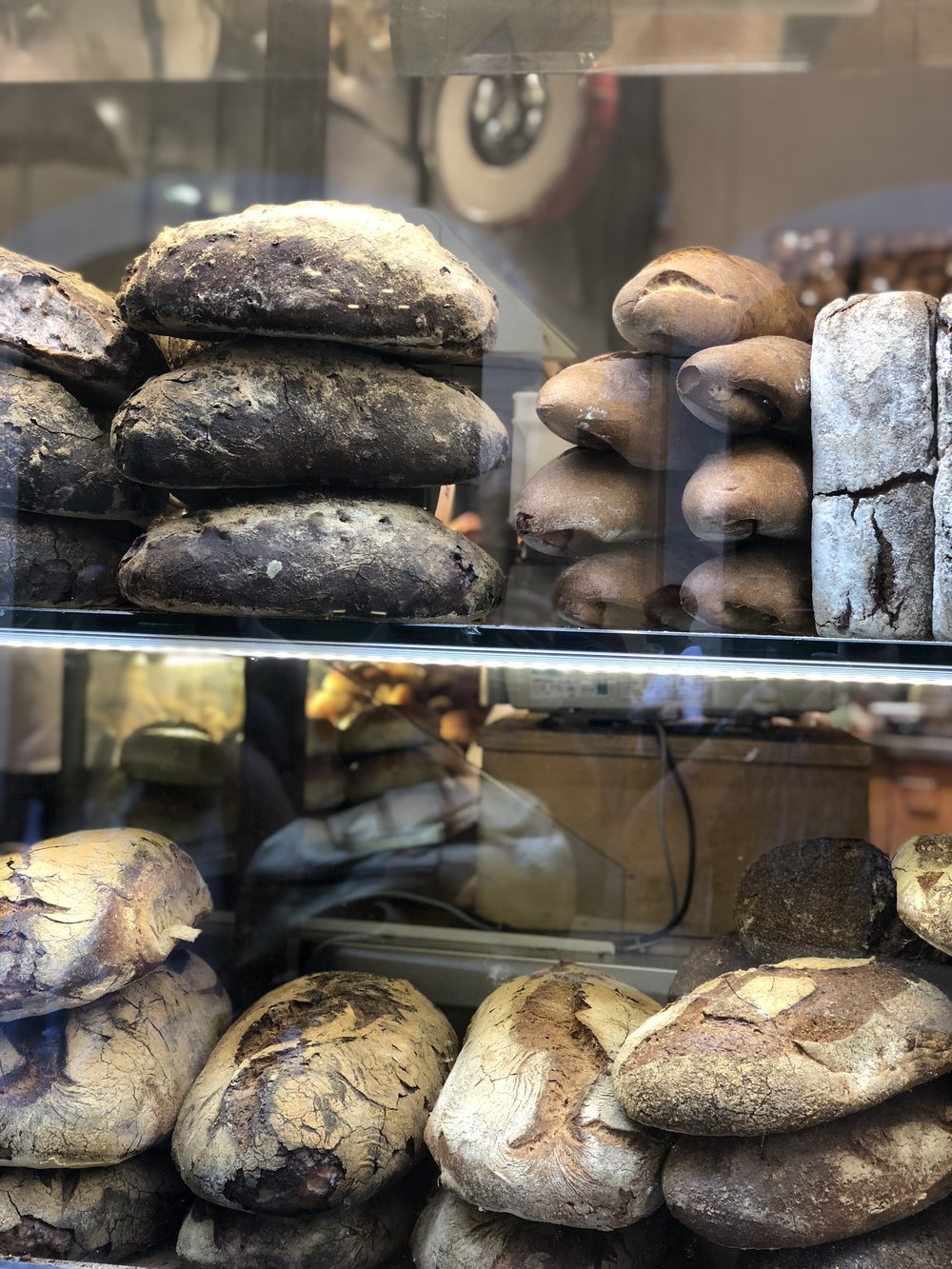 Crusty, crunchy yummy breads in Rome at Forno Roscioli