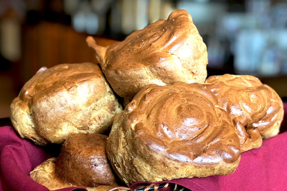 Shipping Popovers - Send a little flavor of New England as a gift. Our popovers are delicious! We make sharing your Popovers' experience with friends and loved ones easy. Learn More →