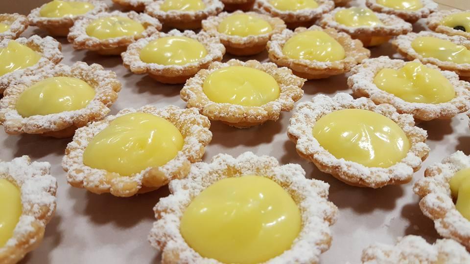 lemon curd tarts .jpg