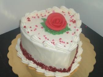 sweatheart cake red.jpg