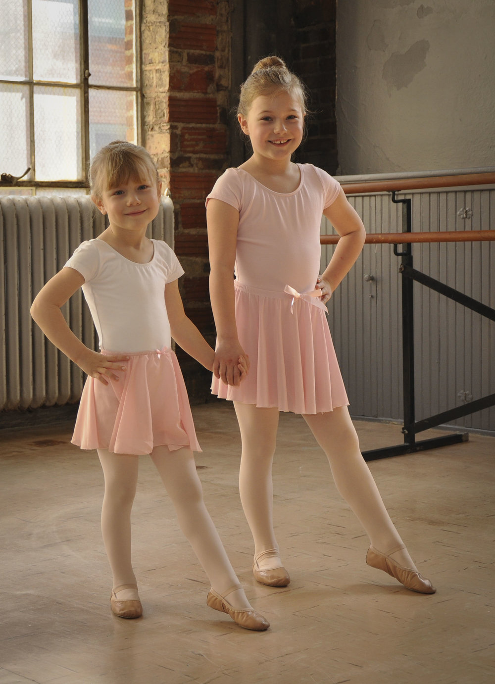 leap 'n learn for 5 year olds - In LNL 5 dance classes focus on pre-ballet at a primary level, creative movement concepts, and pretend play with greater complexity using the Leap 'N Learn curriculum. Students continue to expand their vocabulary in French terminology of ballet terms. During class time exercises used are to help increase the child's musical awareness, balance, agility, and gross-motor development is continued to be worked on.CLASS LENGTH & FREQUENCY60 Minutes, Once a weekREQUIREMENTSChildren must be 5 years old, attend class once a week, and follow the specified dress code