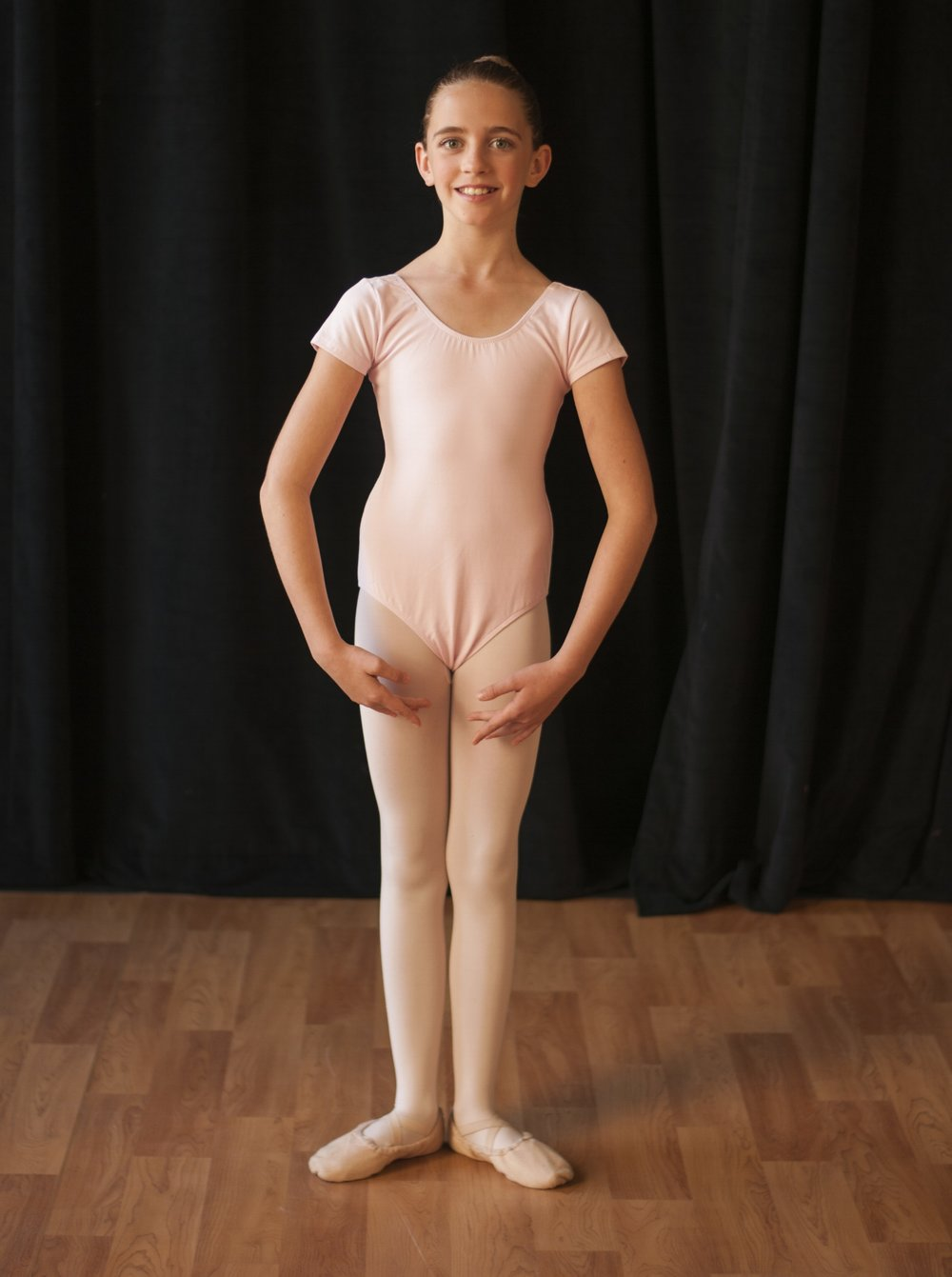 Kinder Movement I & II -  Light pink short sleeve leotardPink footed or convertible tights (no specific brand required)Pink ballet shoesHair in a bunSkirt, sweater and leg warmers are optional but at the discretion of the teacher