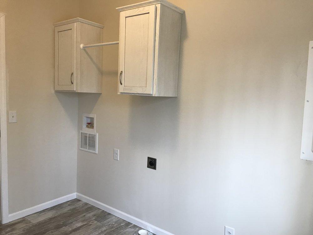 Doss Utility Room 1.jpg