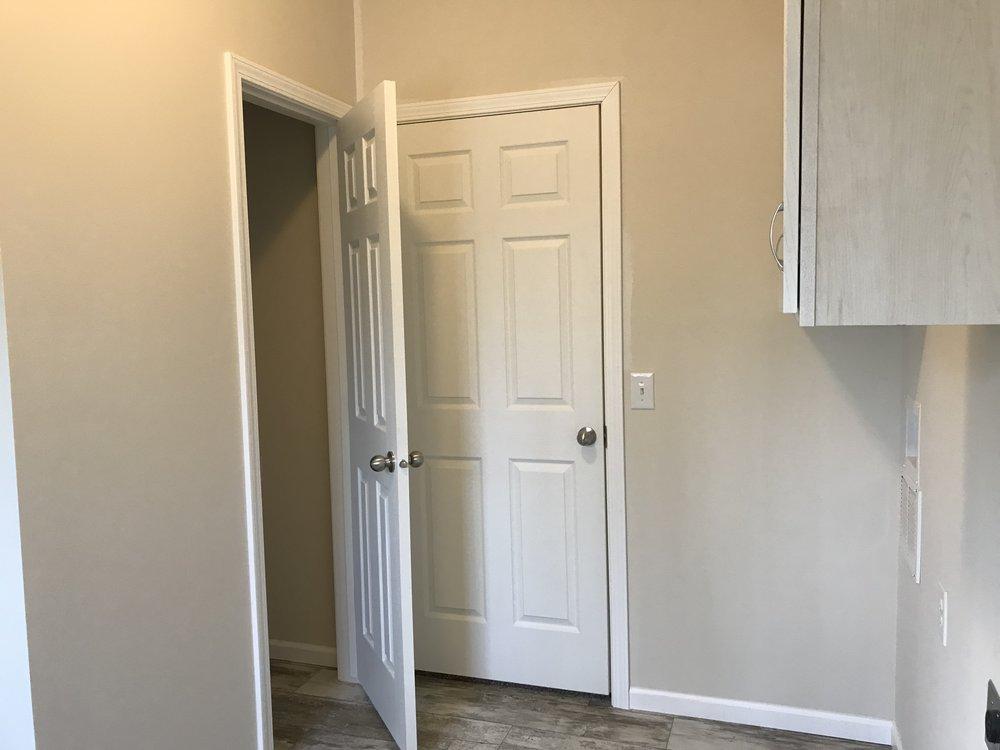 Doss Utility Room 2.jpg