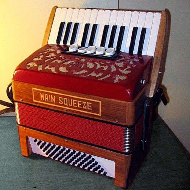 main drag accordion.jpg