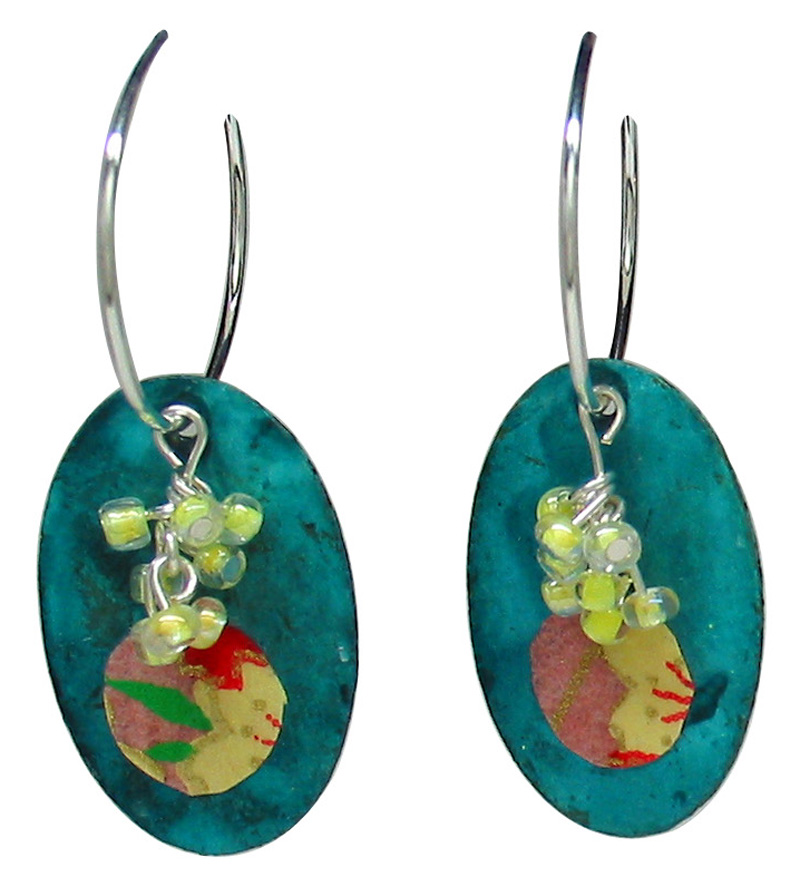 jewelry_flat_earrings1.jpg
