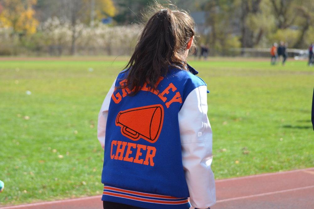 Cheer.JPG