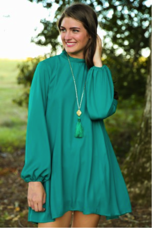 Girl-in-green-swing-dress