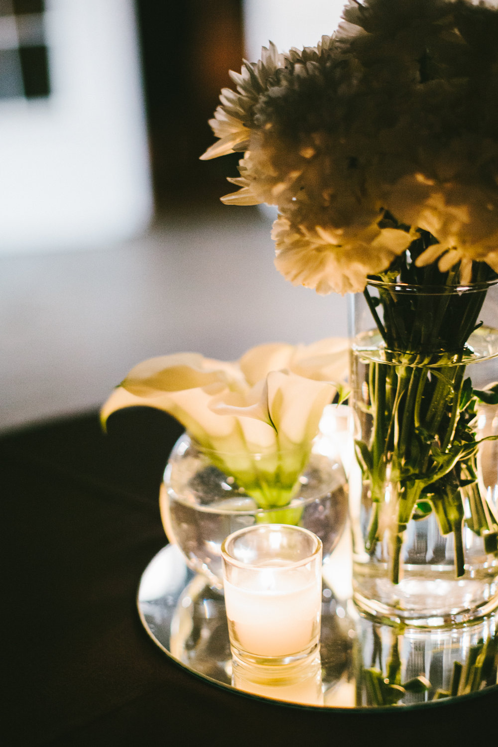 whiteflowerdetail.jpg