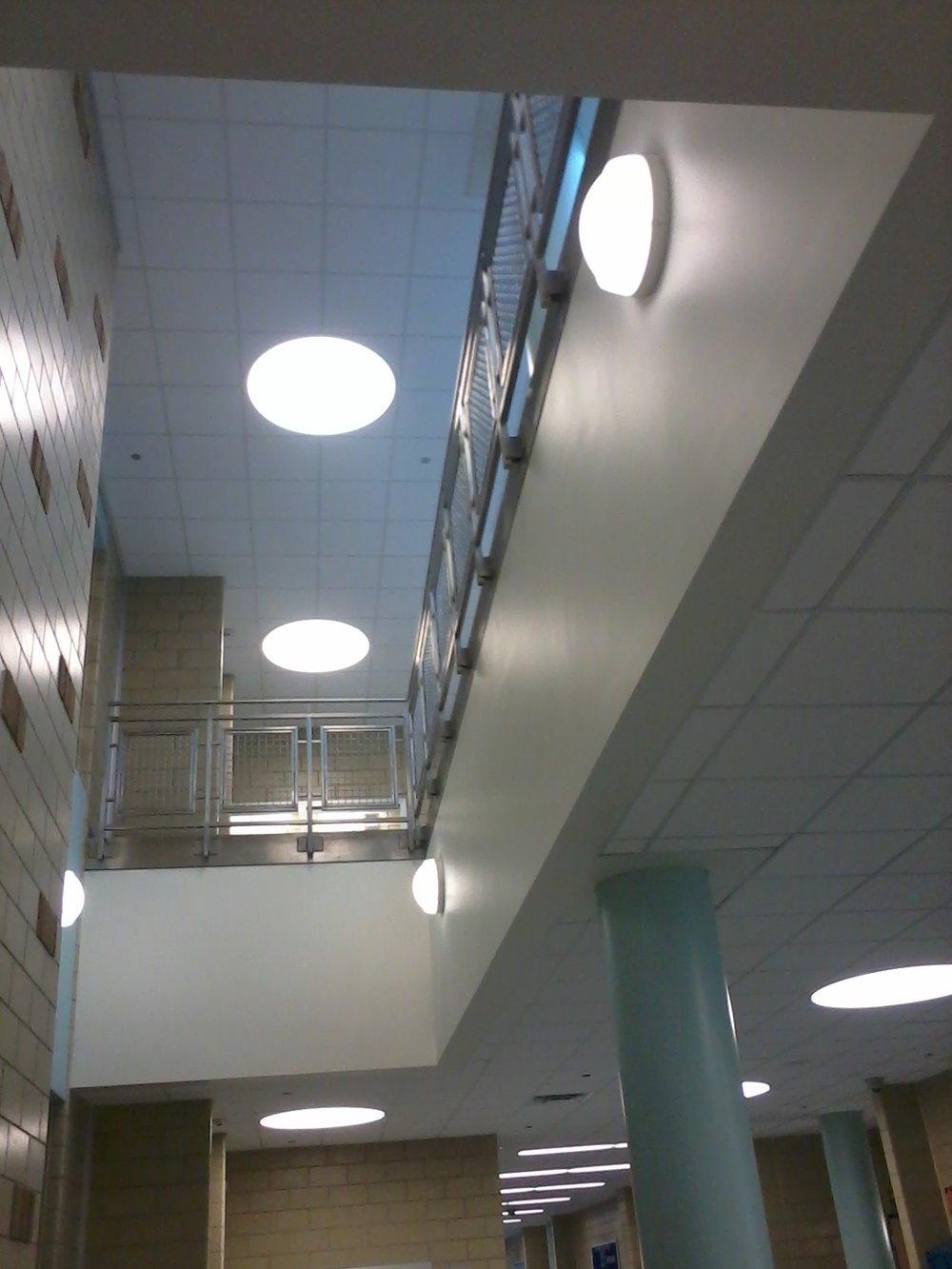 Sauganash Elementary School Balcony.jpg