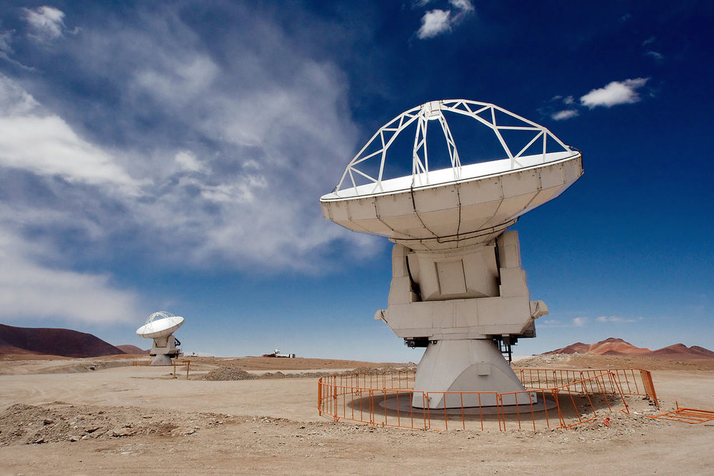 1200px-ALMA_Antennas_on_Chajnantor.jpg