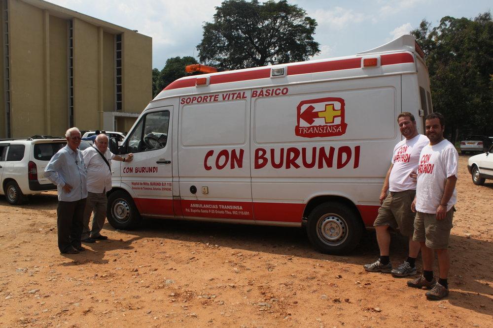 En noviembre de 2014 la asociación SOS Burundi viajó a Burundi para entregar el material donado por diferentes organismos, entidades y aportaciones particulares.