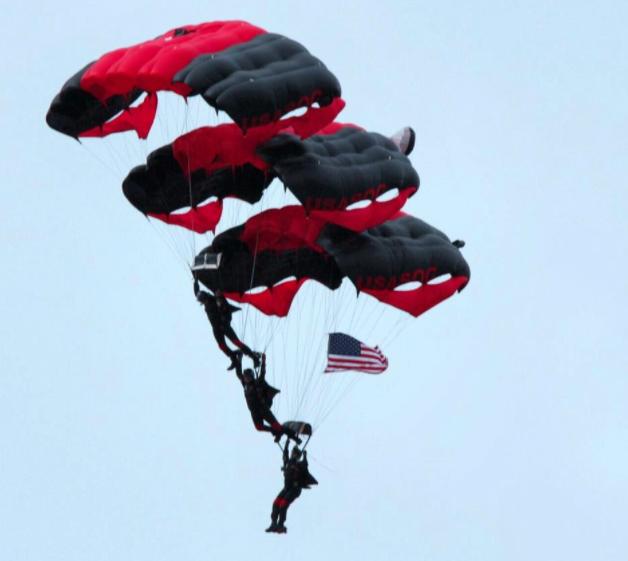 U.S. Army Black Daggers Parachute Demonstration Team