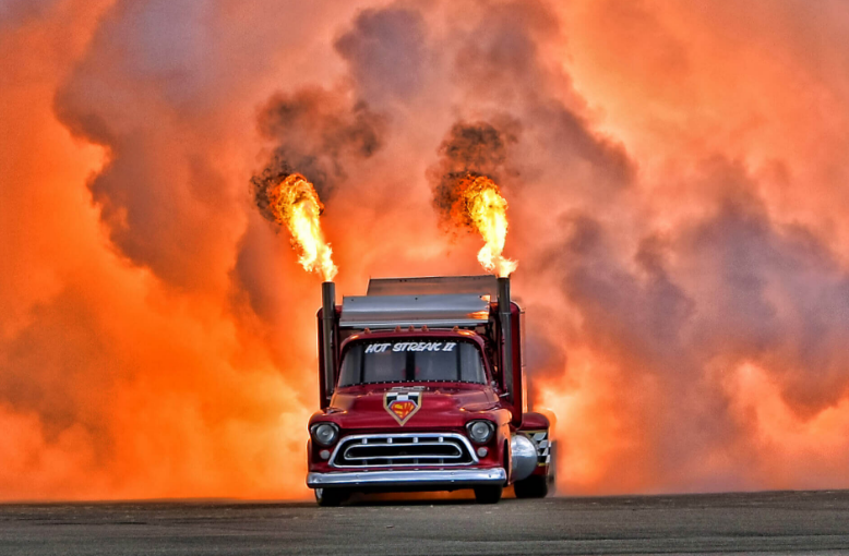 Smoke-n-Thunder Jet Truck