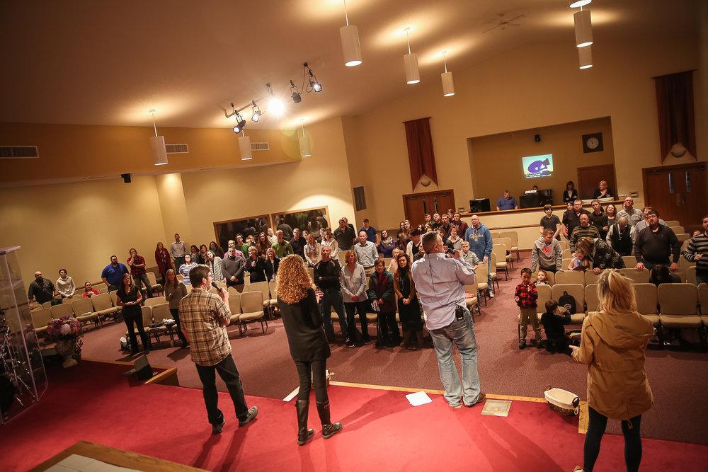 04 Worship1.jpg