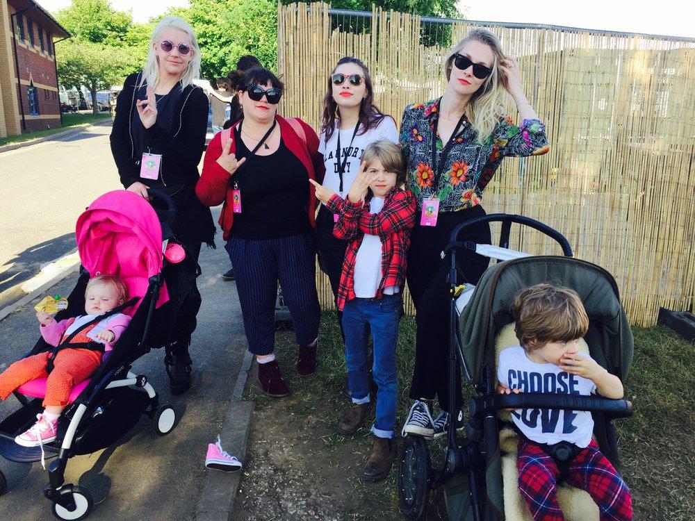 Carny Ab Fab crew / WAGS & Kids