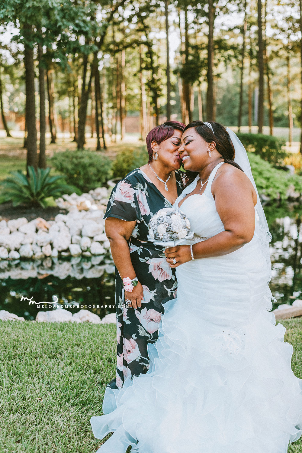 the springs event venue, montgomery tx, conroe tx, houston tx black bride family, mother of the bride, dallas tx, beaumont tx, houston tx weddings, african american bride couple