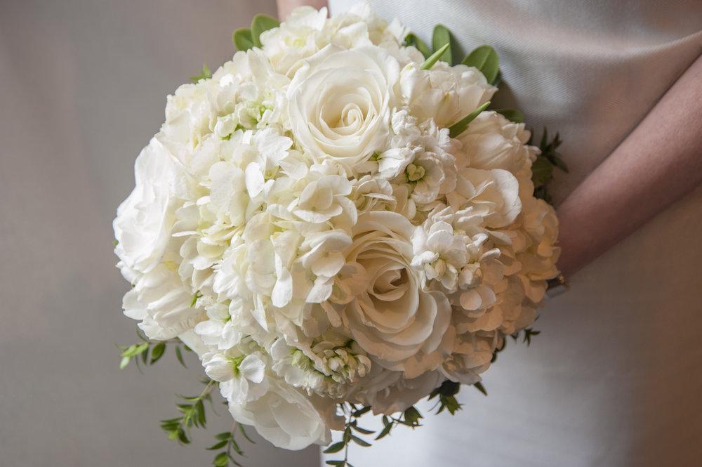 WHITE Bouquet_143.jpg