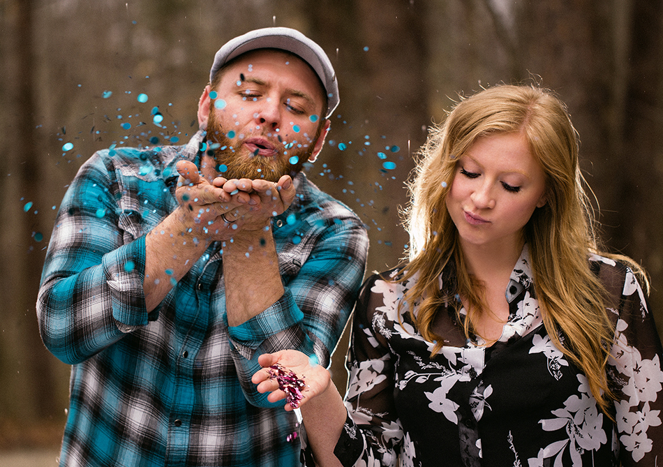 Gender reveal with confetti