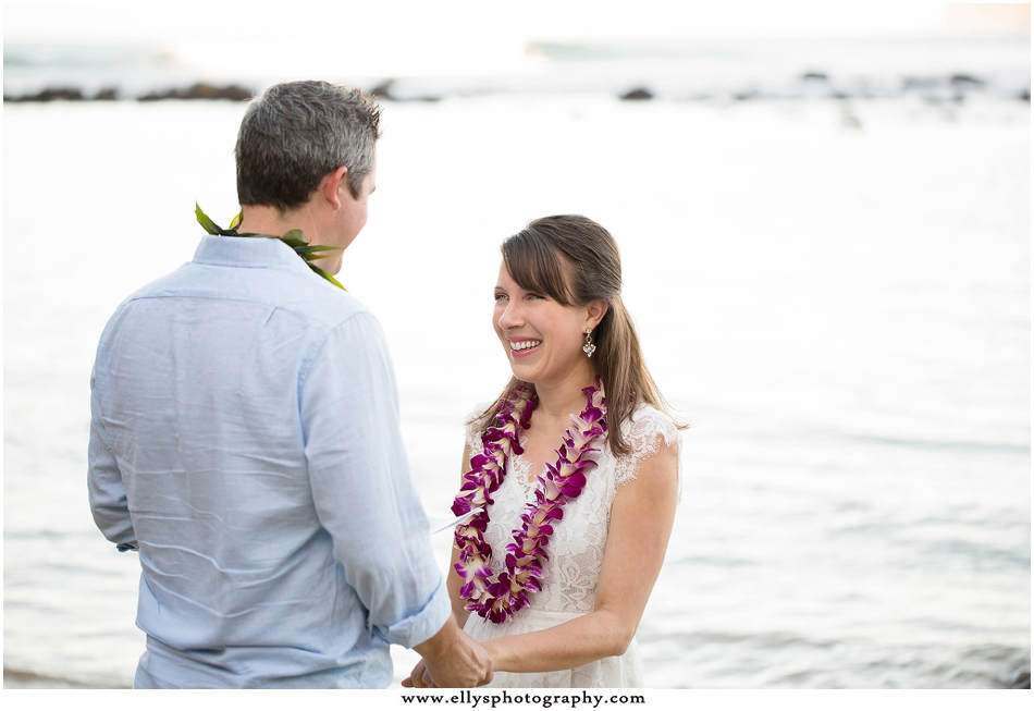 Anniversary photos and vow renewal in Princeville, Kauai - Hawaii