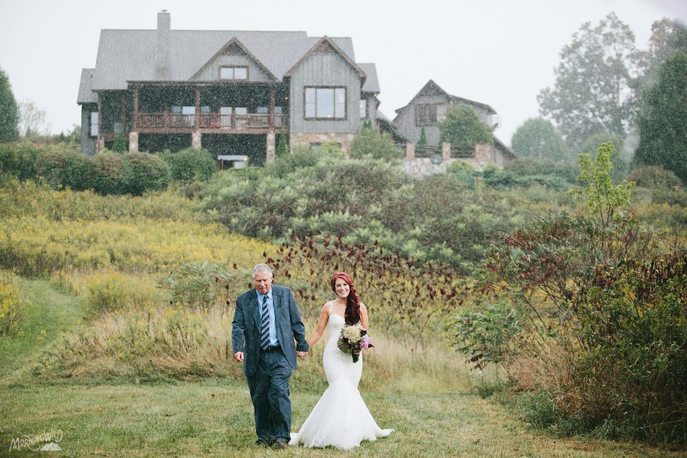 My Daddy walking me down the isle in the rain - A dream come true