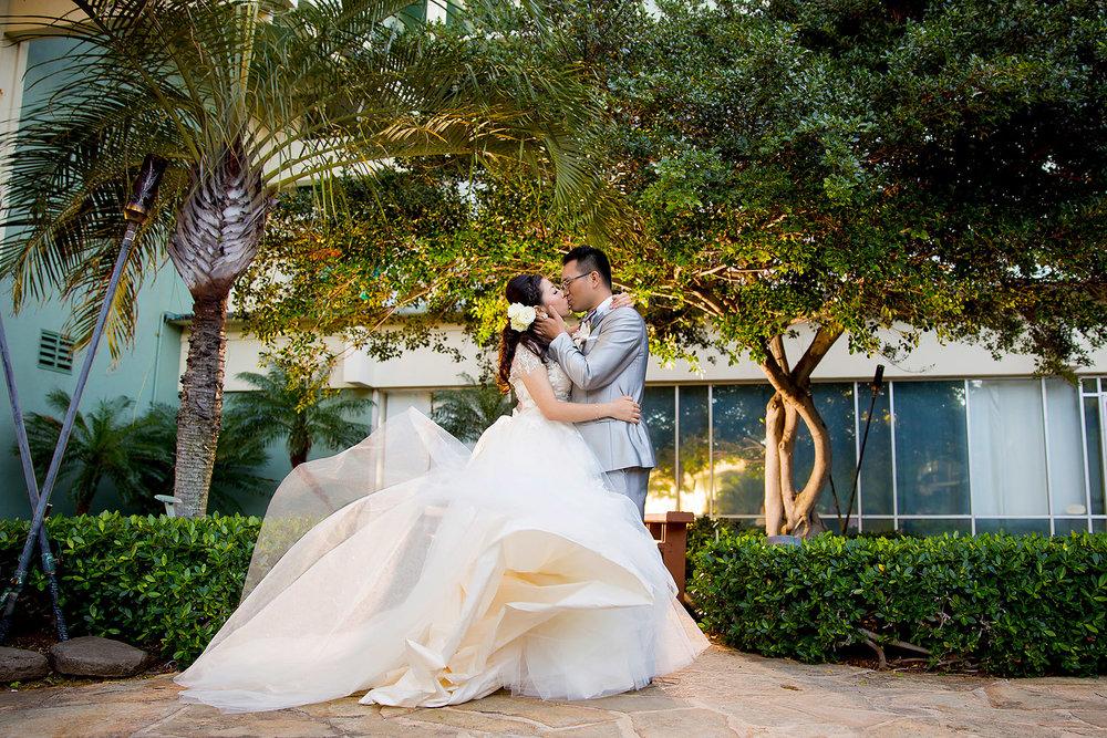 094kahala-resort-wedding.jpg