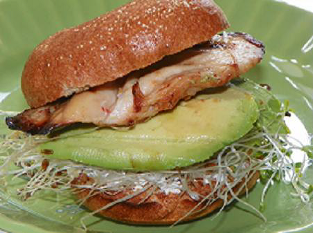 chicken-n-avocado-bagel-sandwich.png