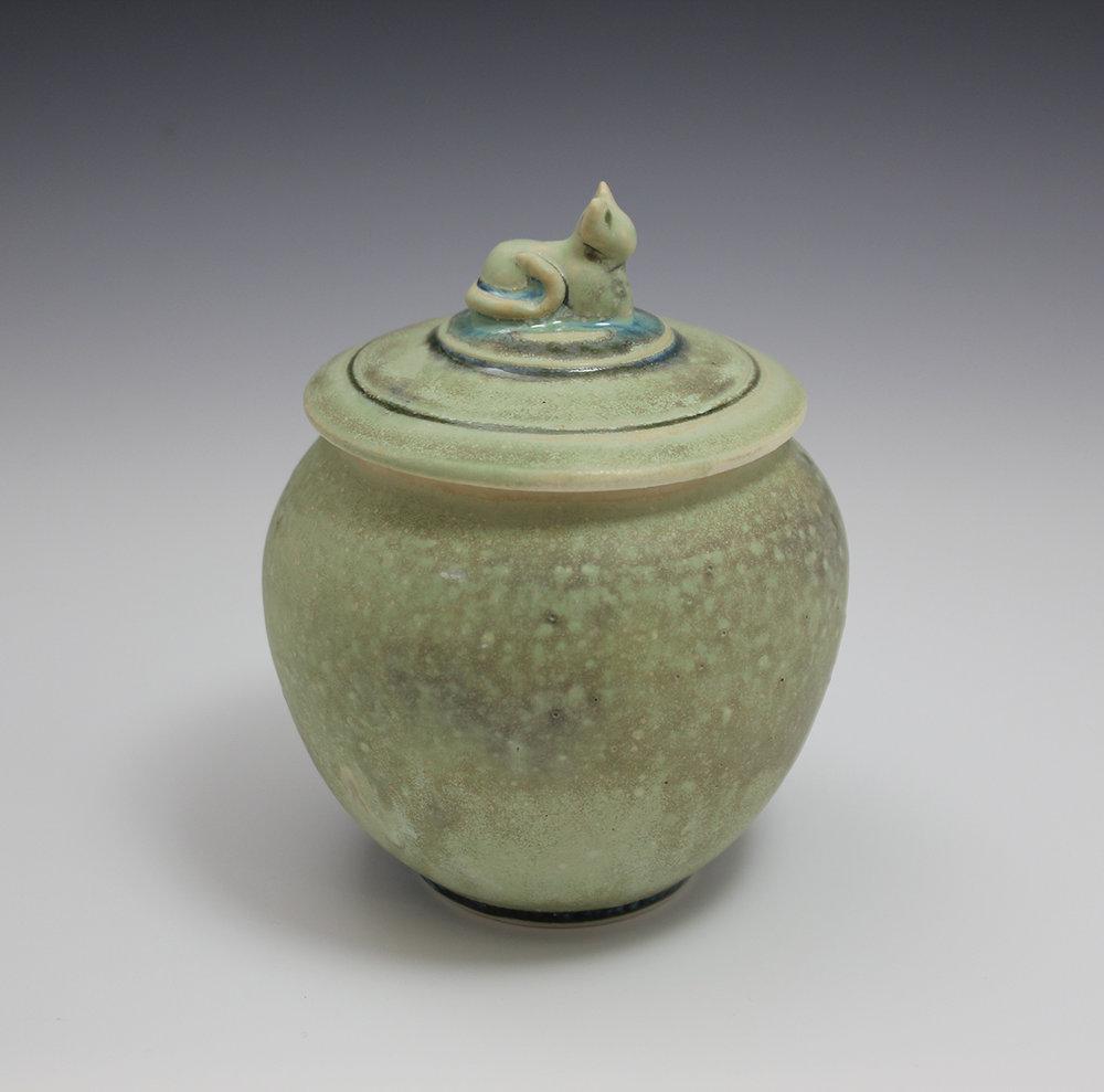 pet-urn-1a.jpg