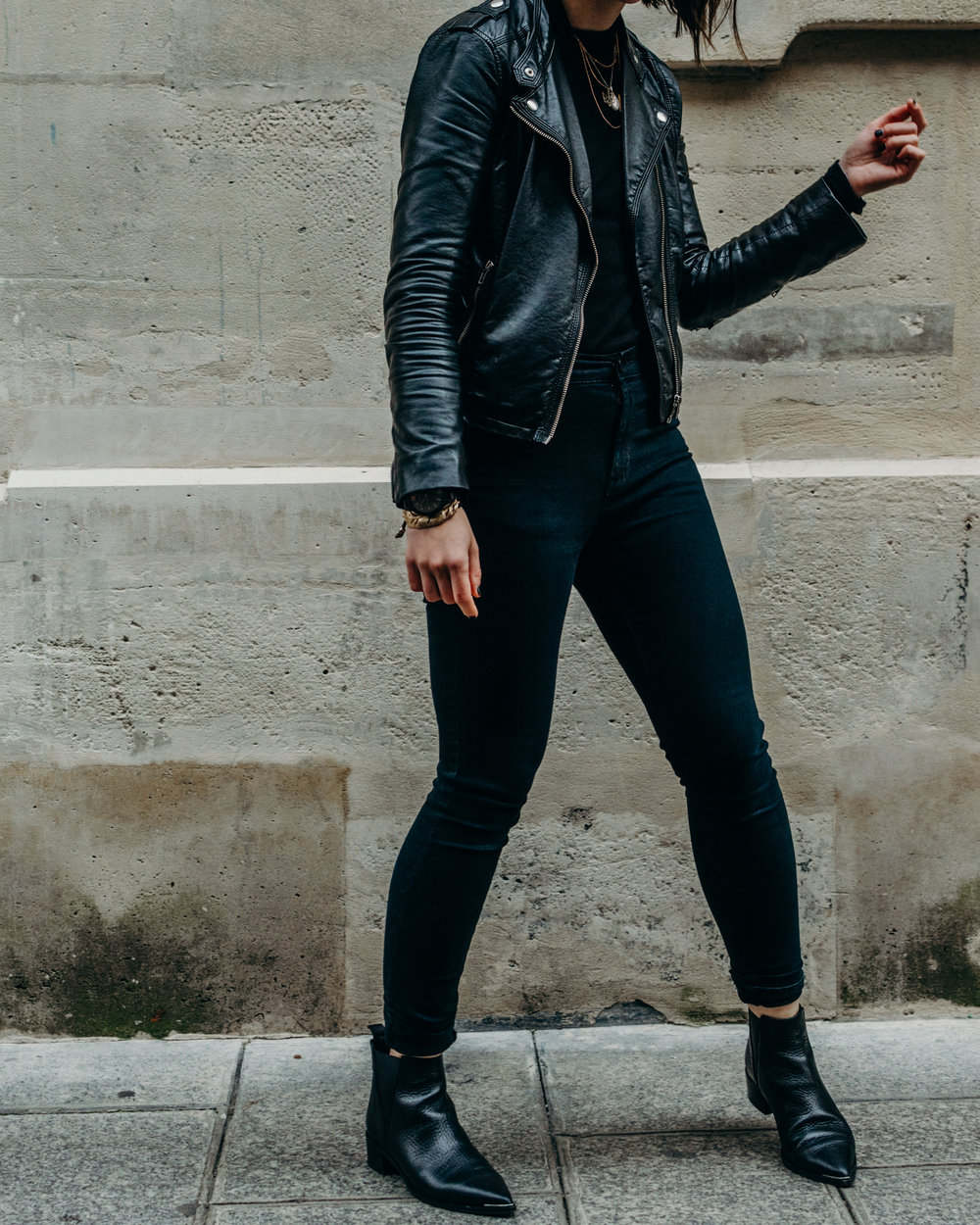 all black outfit skinny jeans and leather jacket - style apotheca