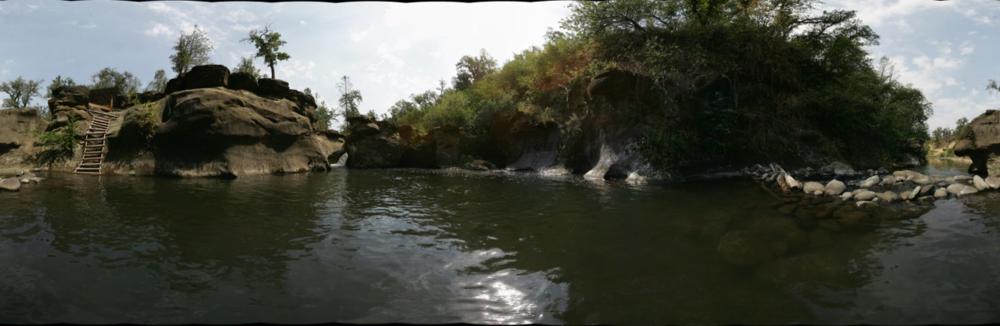 pano_creek_hole.png