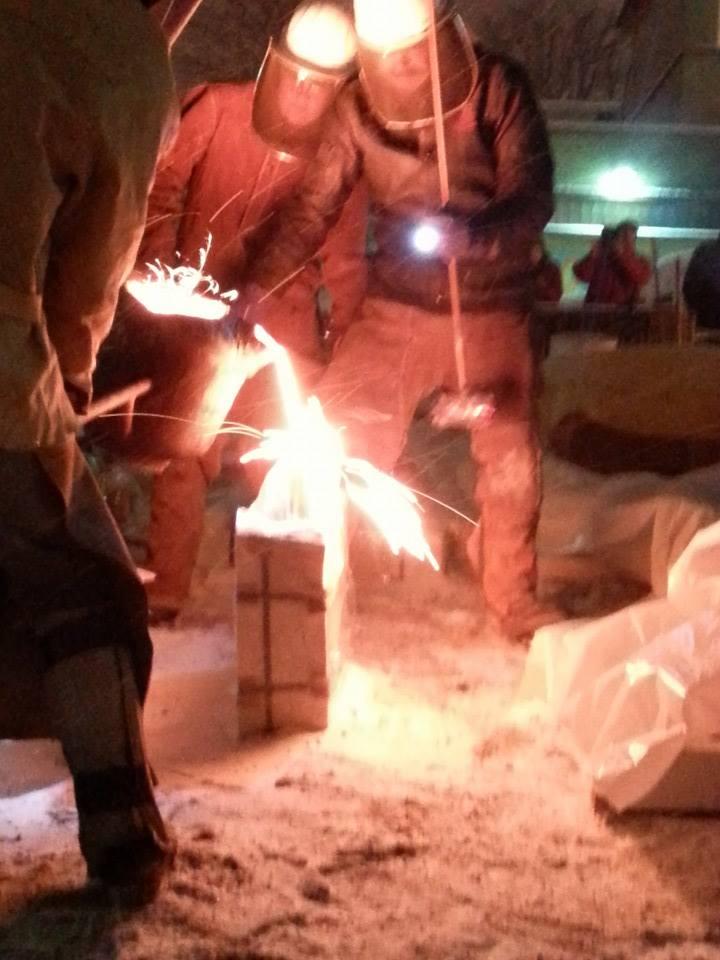 Carbon Arts Iron Pour 3.jpg