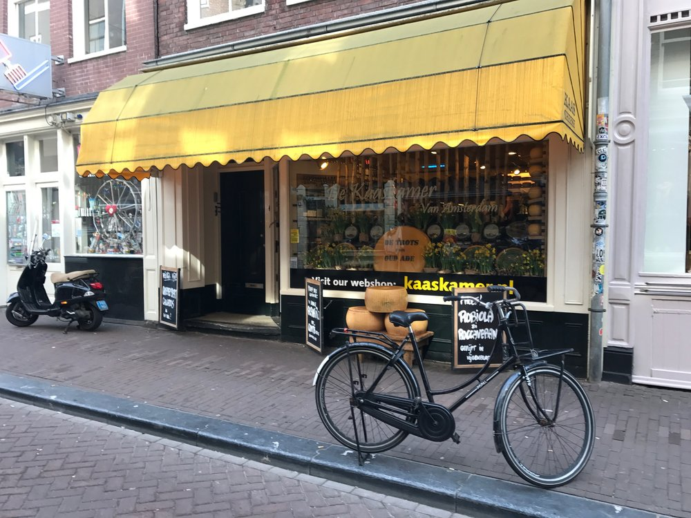Everything Amsterdam Cheese shop de Kaaskamer