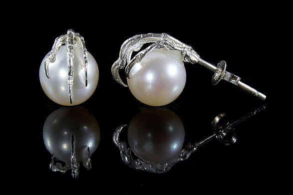 Olivia Dryden,  Clutching Pearl Studs,  Sterling Silver, AAA quality freshwater pearls, 2.5cm x 1.2cm, image courtesy of Jasmine Van Der Byl