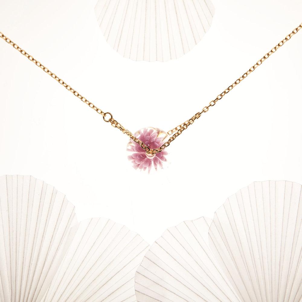 collier fait main - violet rose - dentelle givree.jpg