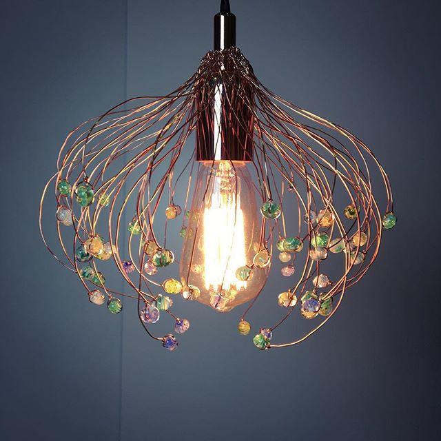 Sur le fond foncé #luminaire #artisanal #vegetal #verre #lamps #cuivre #transparent