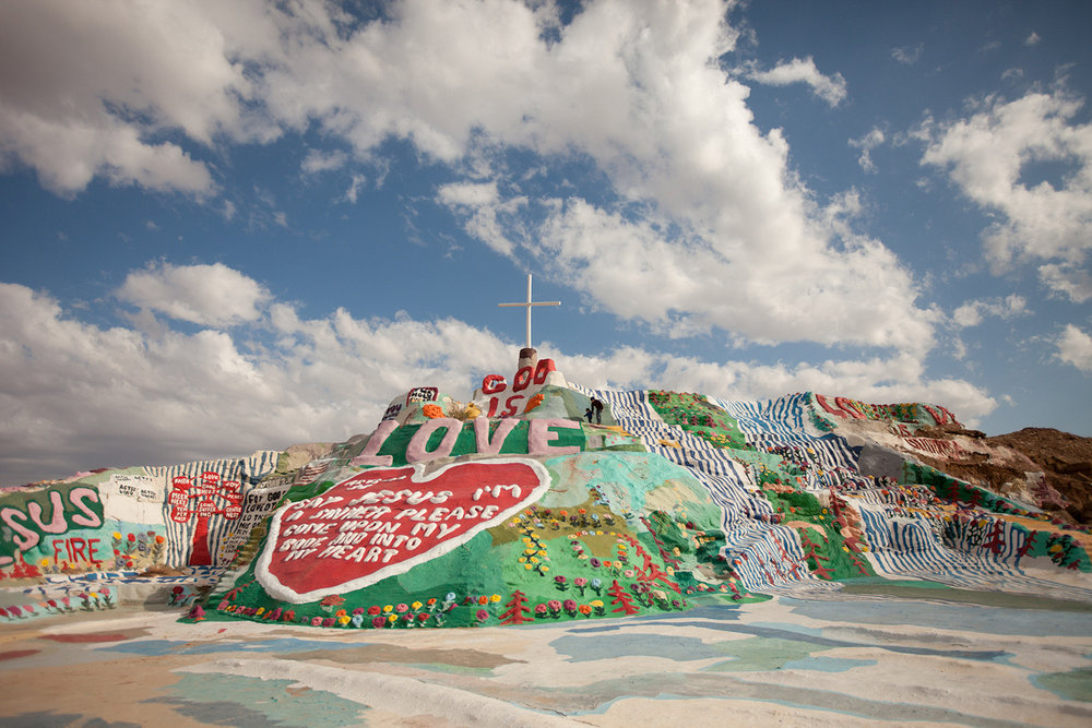 Salvation_Mountain.jpg