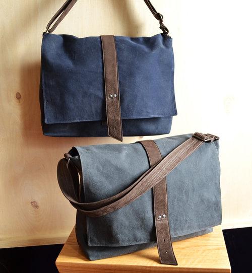 7cbb593542c Lolafalk — The Sloane Waxed Canvas Messenger Bag - Custom Color Option