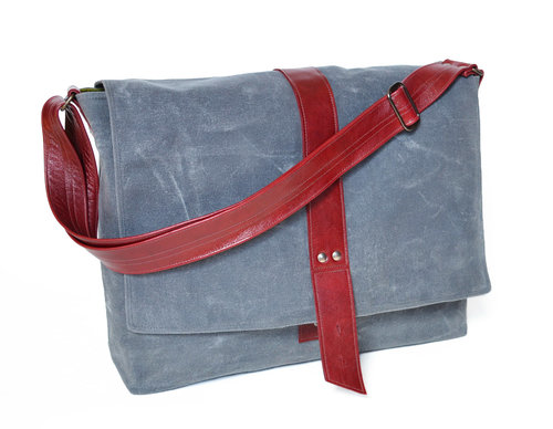 500691ca50 Sloane waxed canvas messenger bag in Stone ...
