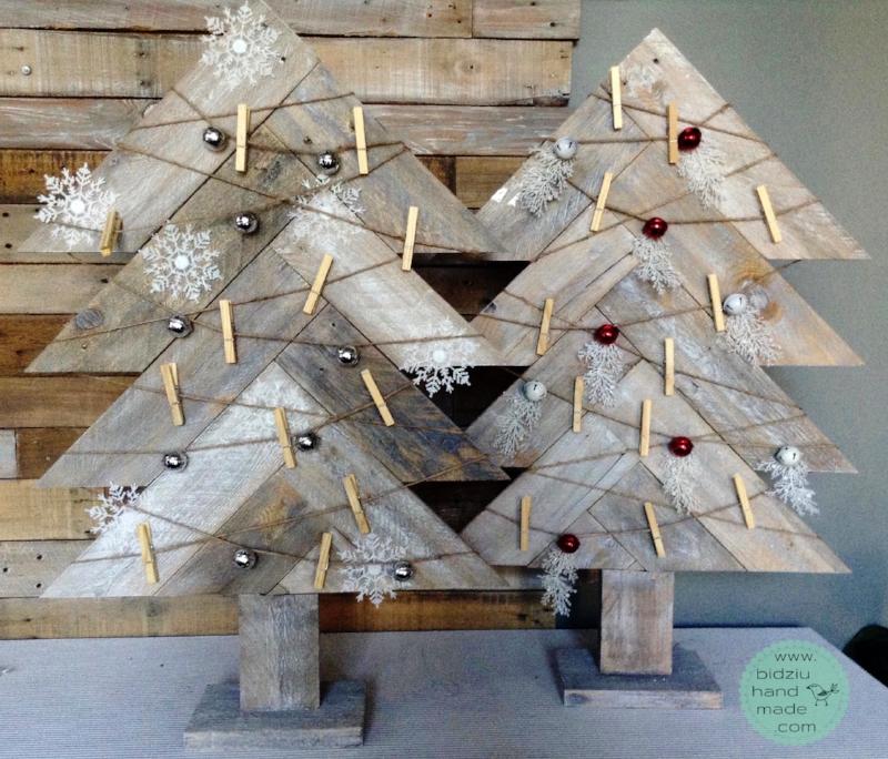 freestanding christmas tree merry mail holders - Free Standing Christmas Decorations